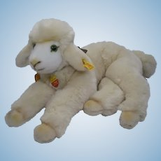 Steiff Soft Plush Cosy Lamby With All IDs