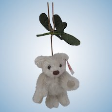 Steiff Mistletoe Mohair Teddy Bear Christmas Ornament With IDs