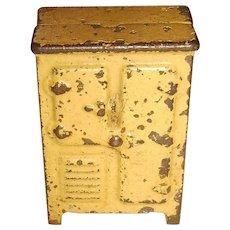 Kilgore Cast Iron Refrigerator Doll House Furniture