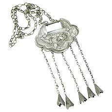 Antique Qing Dynasty Chinese Silver Repousse Lock and Chain Necklace
