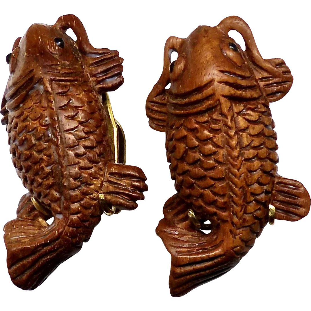 Hand carved boxwood fish pierced button earrings : carol barrett