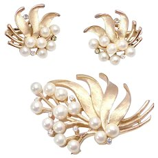 Vintage Signed Trifari Goldtone Faux Pear and Rhinestone Brooch and Matching Clip Earrings