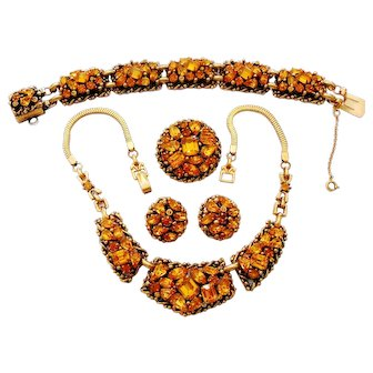 Signed Barclay Golden Rhinestone Necklace, Bracelet, Earring & Pin Set c. 60