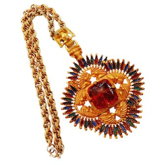 Signed Castlecliff Larry Vrba Design Native American Motif Pendent Necklace c. 70