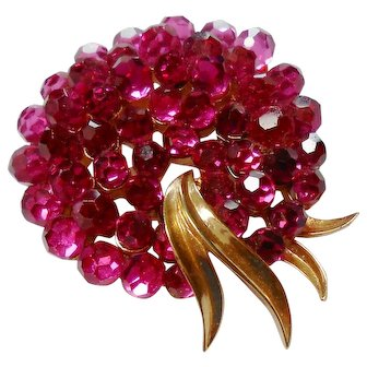 Signed Trifari Hot Pink Crystal Briolette Brooch circa 1960