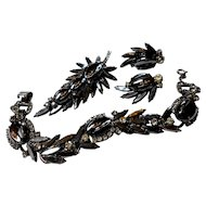 DeLizza & Elster Juliana Oval Scooped Out Hematite Set c. 60
