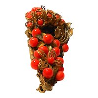 Miriam Haskell Coral Glass Bead Flower Brooch in Russian Gold Tone c. 1940