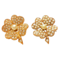Pair of Signed Ciner Clover Scatter Pins circa 1960
