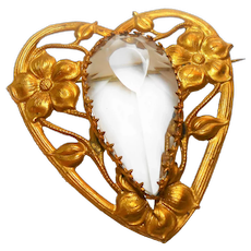 Unsigned Stamped Brass Victorian Revival Lucite Jelly Belly Heart Brooch c. 1940