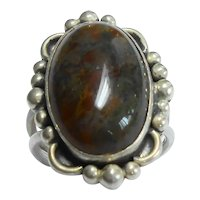 Native American Sterling and Agate Ring size 8 1/4