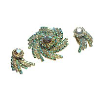 Signed Hattie Carnegie Blue/Green Aurora Rhinestone Brooch & Earring Set c. 1950