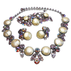 Signed Regency Purple & Pearl Tone Necklace, Brooch & Earring Set c. 1960
