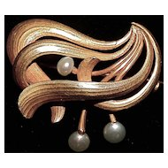 French Art Nouveau Brooch/Pin - 3 Natural Natural Pearls - Hallmarked 585