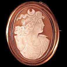 'DIANA THE HUNTRESS'  Shell Cameo - 14K Gold Bezel Setting - Exceptional Quality
