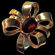 CINER Ribbon Brooch - Gold-Tone Bow with Deep Brown Topaz Color Center Stone