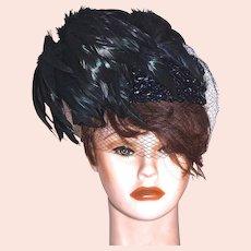 SCHIAPARELLI  Paris - Flirty Coque Feather Cocktail Hat Fascinator  - Black Feathers