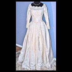 WILLIAM CAHILL of Beverly Hills Vintage Wedding Gown