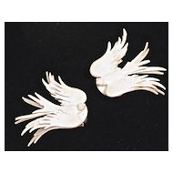 Exquisite Sculpted White Leather Swan/Dove Bird Clips