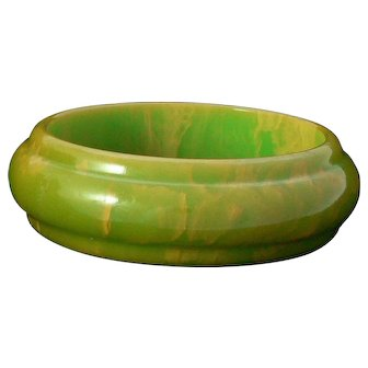Green Marbled Bakelite Bangle