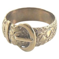 9K Gold Buckle Ring with Hearts