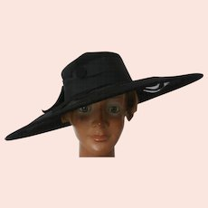 Vintage Mannequin Head and Hat..