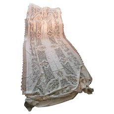 Figural Lace and Linen Banquet Cloth..