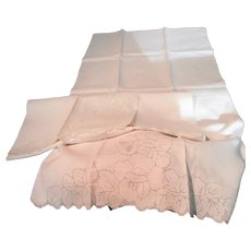 Vintage Linen Sheets and Pillowcases...