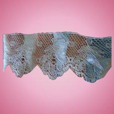 Antique lace blue lavande