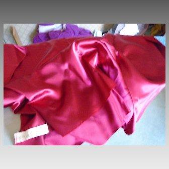 Antique satin burgundy (ruby)
