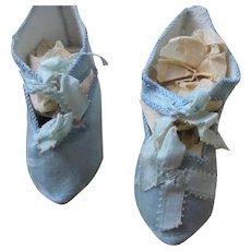 Antique chaussures jumeau silk blue