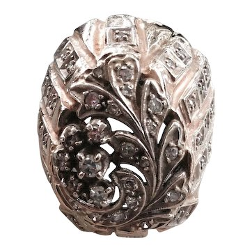 14 kt Gold Ladies Dome Ring with Diamonds