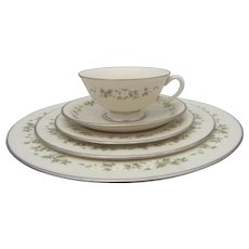 Lenox BROOKDALE Floral Print Platinum Trim China 30pc Dinner Plate and Cup Set