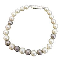 Simple But Sweet Classic PEARL 14k Yellow Gold Bracelet