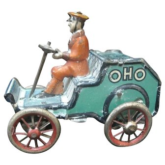 Marke LEHMANN German 1920' OHO Tin Mechanical CAR with Driver Wind-up Toy