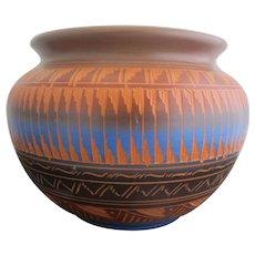 NAVAJO Native American Ernest WATCHMAN Jr Hand Etched Pottery Vase Large Pot