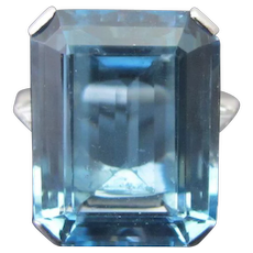 PLATINUM 15.37ct Aquamarine & Diamond Emerald Step Cut COCKTAIL Ring