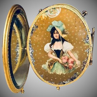 Stunning beveled triple folding antique mirror with portrait_Late Victorian era_nice displayed with antique dolls