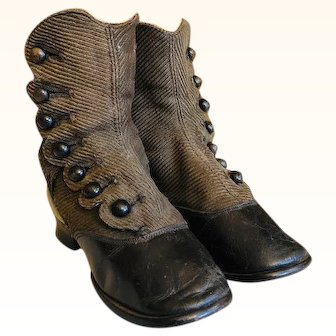 Child's Victorian High Top Button up two tone heeled Boot /Shoe