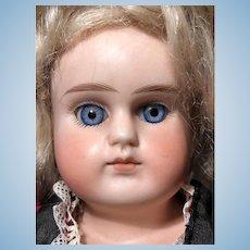 Beautiful blue spiral threaded sleep eyes_Alt Beck Gottschalck #698 bisque shoulder head_German 17in doll