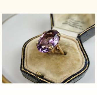 Superb Vintage Solitaire 9.2 Carat Amethyst 9k Gold Ring ~ 1960s