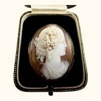 Superb Museum Quality c1860's Italian High Relief Carnelian Shell Flora Cameo Brooch Pendant