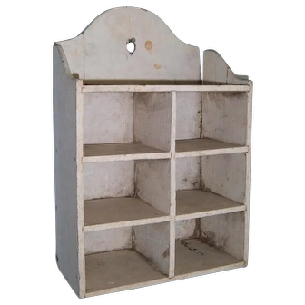 AAFA Primitive Hanging Wooden Cubby with White Paint