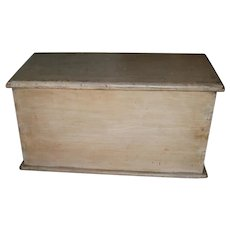 AAFA Primitive Wood Document Box in White Paint and Dovetailed
