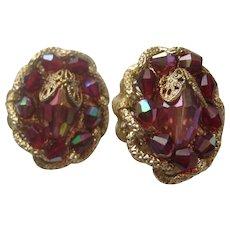 Vintage Hobe Red Pink Gold Tone Metal Rhinestone Clip Earrings