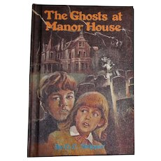 The Ghosts at Manor House by G. C. Skipper, HC 1978, Children's Mystery Book, Like New