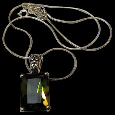 Sterling Pendant Necklace w/ Large Peridot Green CZ & Snake Chain