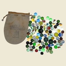 100 Vintage Playing Marbles: Shooters, Confetti, Agates, Clearies, Opaques, Frosties, Swirls, Cats Eyes in a Summit Fishing Reel Bag