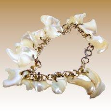 """Mother of Pearl Vintage 7 1/2"""" Bracelet"""