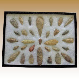Collection of 31 Native American Indian Artifacts (Arrowheads and Spearheads) Collected from Ohio
