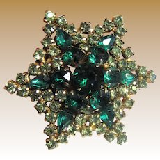 Large Star Rhinestone Pin in Emerald and Peridot Shades
